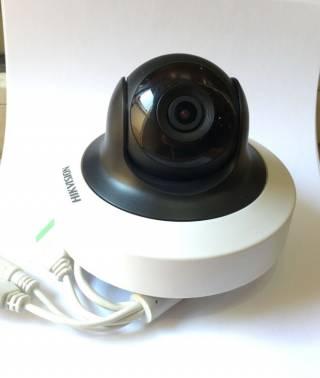 IP 4 Мп Wi-Fi видеокамера Hikvision DS-2CD2F42FWD-IWS Отличная! 3