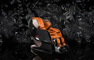 Массажное кресло Yamaguchi Axiom Chrome Limited 2