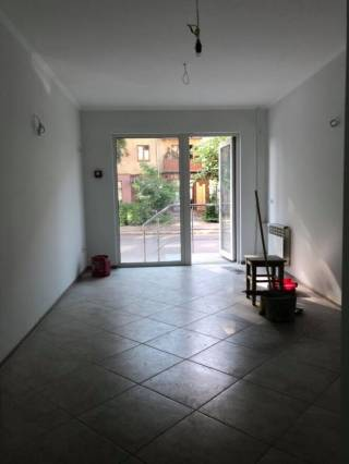 Комерційне приміщення в центрі, мазепи, новий ремонт