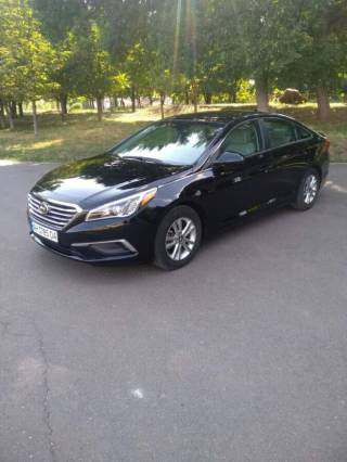 Продам машину Hyundai Sonata