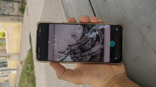 Смартфон OnePlus 7t
