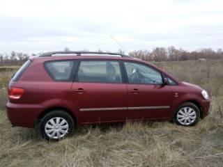 Продам Toyota Avensis  Verso 2003 г. Дизель 2 литра
