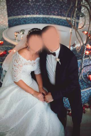 Продам свадебное платье с украшением Swarovski 2