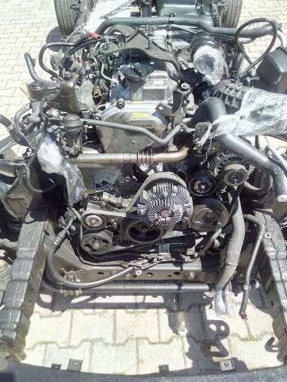 Насос масляный Nissan Pathfinder r51 Navara d40 15010-EB30A EB70A