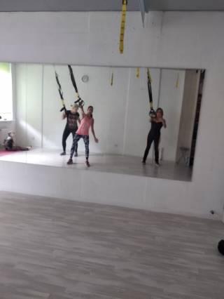 Сдаю в почасовую аренду зал для занятий фитнесом или танцами. 5