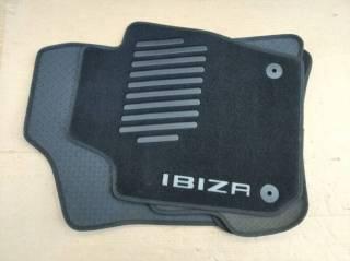 Комплект ковриков салона Seat Ibiza 2013-  6J0061675E041 2
