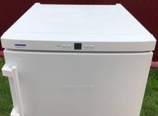Надежная вместительная морозильная камера Liebherr GN 2303 4