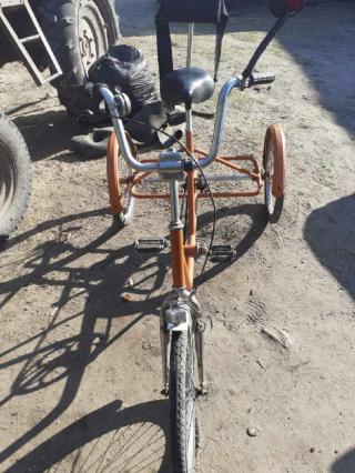 Триколісний велостпед 2