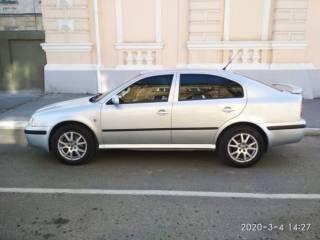 Продам автомобиль SKODA Octavia Tour 1,8 Turbo