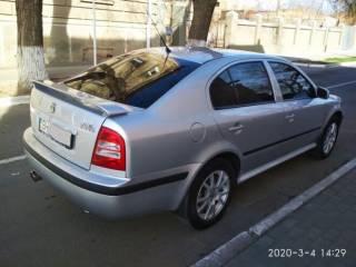 Продам автомобиль SKODA Octavia Tour 1,8 Turbo 2