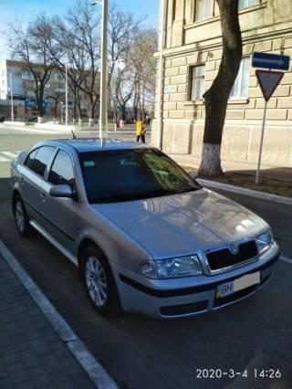 Продам автомобиль SKODA Octavia Tour 1,8 Turbo 4