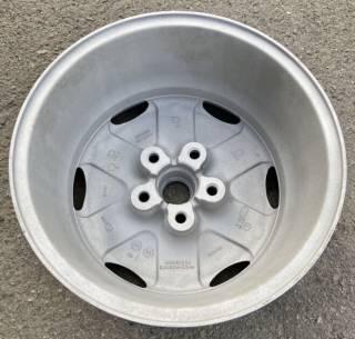Продам оригинальные литые диски R16 - Jaguar, б/у 4