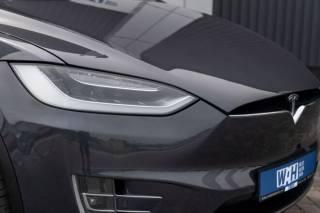 Tesla Model X Performance 90D 9