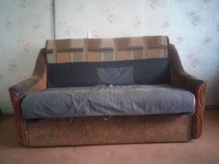 Отдам раскладной диван 1,51*96