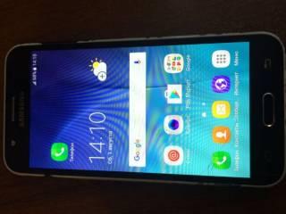 Смартфон Samsung SM-J500H/DS