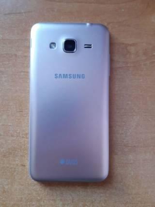 Samsung J3 2