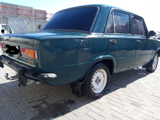ВАЗ 21011 1.3  газ/ бензин 4