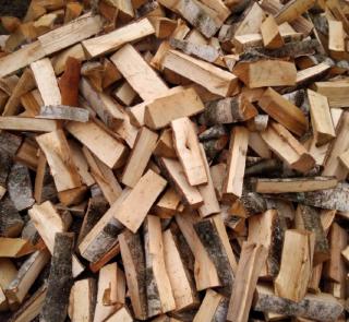 Продаём дрова 1,200грн колитие берёза, мокрая акацыя рубаные 3