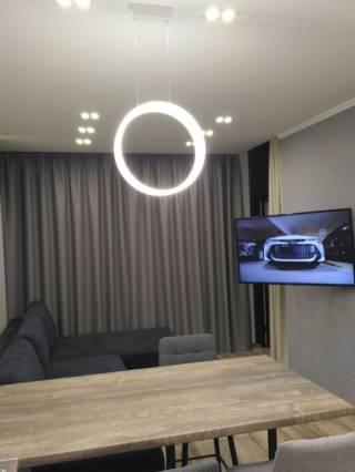 Уютная дизайнерская квартира 6