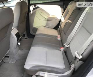 Ford C-Max SE Hybrid 2014 8