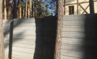 Крафтовый забор современный и стильный дизайн 8