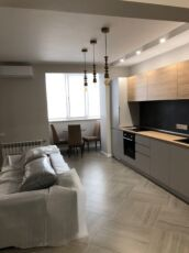 Продается квартира в новом доме на 200 лет Херсона 8