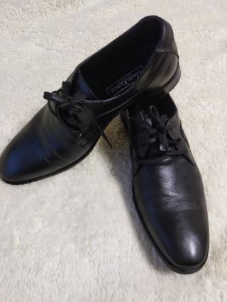 Туфли кожаные натурал. 42 р
