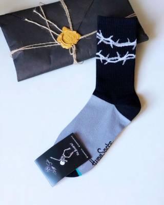 Стильные носки  Терновый Венок от HypeSocks. унисекс 2