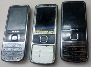 Nokia 6700 2рабочие+3 не включаются+плата и рамка 4