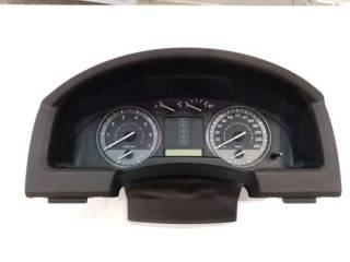 Панель приборов. Спидометр Toyota Land Cruiser 200 2008г. Бензин 3