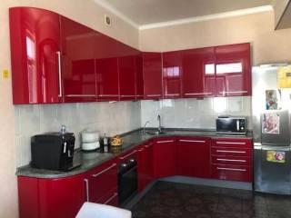 Продам квартиру в центре (2 мин. до метро, 5 мин. до набережной) 2