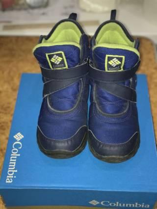 Продам ботинки для мальчика Columbia, 37,5 размер 2