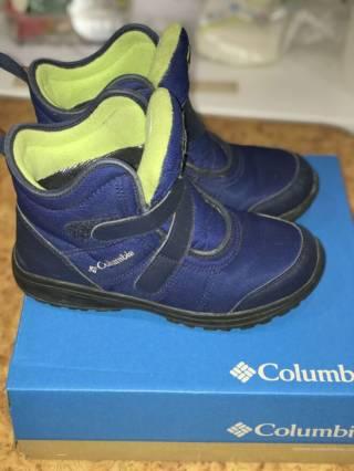 Продам ботинки для мальчика Columbia, 37,5 размер
