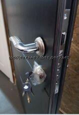 Двери входные металлические Мега Скидки!/двері вхідні металеві 8