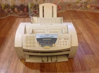 Принтер, ксерокс, копир, факс в одном устройстве. Ч/б и цветн печать. 4