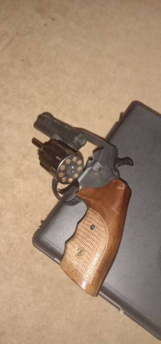 Револьвер ALFA 440 2