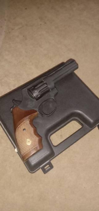 Револьвер ALFA 440 4