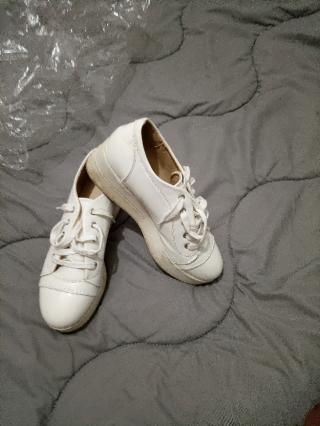 Кроссовки 39 размера 2