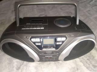 Продам кассетный магнитофон Samsung RCD-S50 6