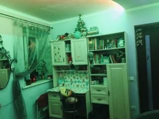 Продам 2-ком. квартиру, ориентир - Москалевка 4