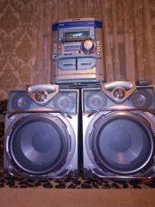 Музыкальный центр Sharp CD-M4000. AUX-BLUETOOTH-USB, MP3.