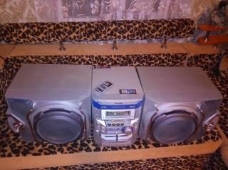 Музыкальный центр Sharp CD-M4000. AUX-BLUETOOTH-USB, MP3. 10