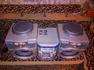 Музыкальный центр Sharp CD-M4000. AUX-BLUETOOTH-USB, MP3. 9