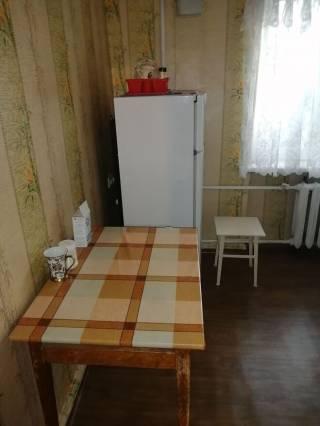 Сдам 2 комнатную квартиру на Пантелемоновской 8