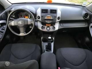 Toyota RAV4  2.2 6