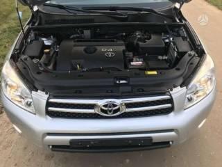 Toyota RAV4  2.2 9