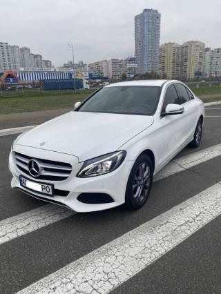 СРОЧНО продам свой автомобиль Mercedes C200