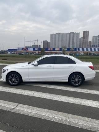 СРОЧНО продам свой автомобиль Mercedes C200 5
