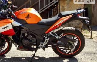 Мотоцикл Geon Tossa  мотор працює гарно,   моторне мастило і змазка ла 4