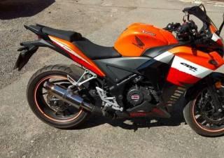Мотоцикл Geon Tossa  мотор працює гарно,   моторне мастило і змазка ла 7